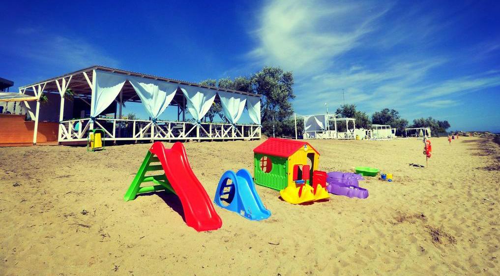 Песочные пляжи Крыма для отдыха с детьми